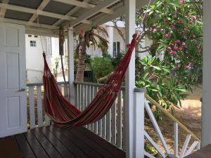 Hammock garden cottage